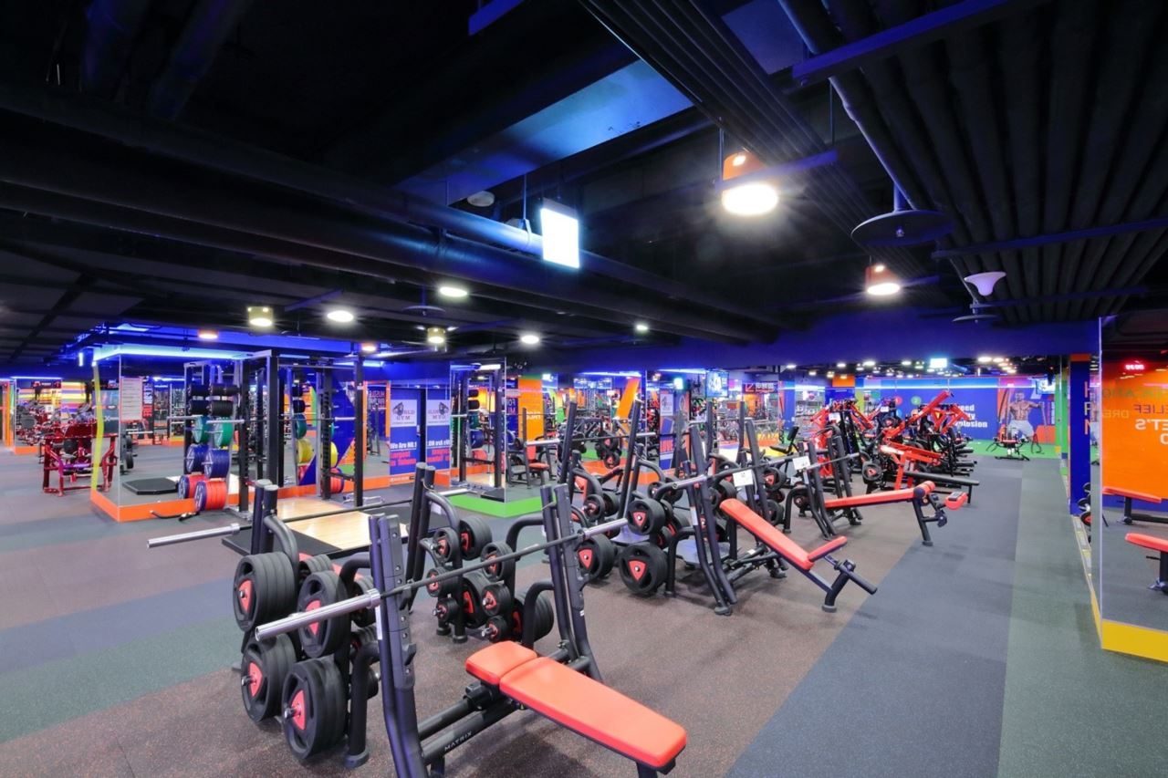 World Gym台北長春店Matrix重量器材