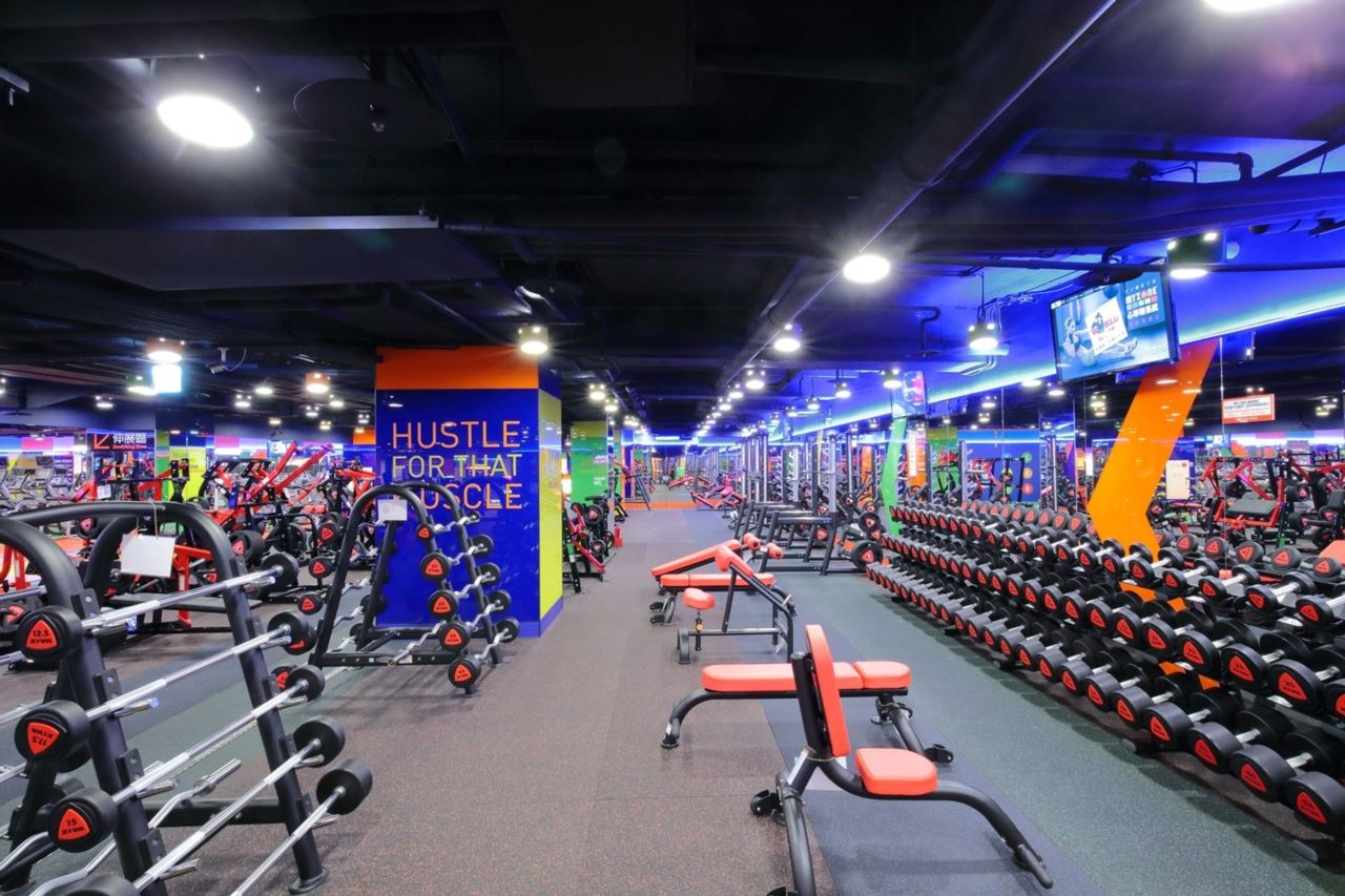 World Gym台北長春店Matrix重量訓練器材